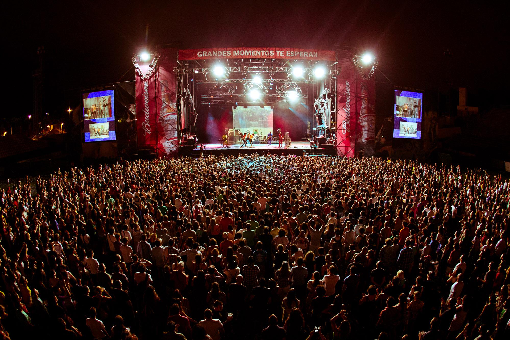 Resultado de imagen de fotos del low festival